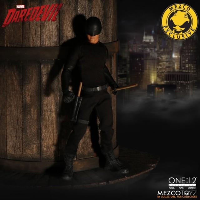 mezco-toyz-daredevil-vigilante-02
