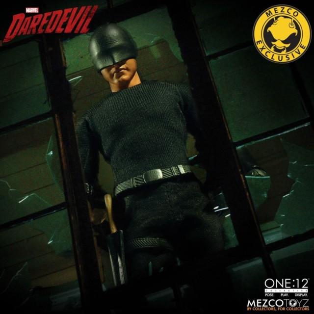 mezco-toyz-daredevil-vigilante-04