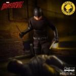 mezco-toyz-daredevil-vigilante-07