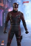 hot-toys-daredevil-02