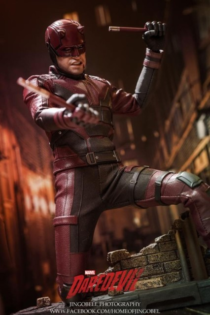 hot-toys-daredevil-22